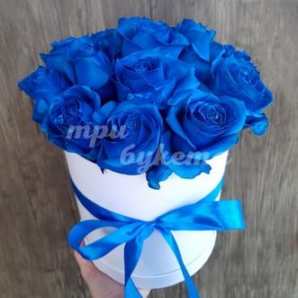 15 синих роз в шляпной коробке
