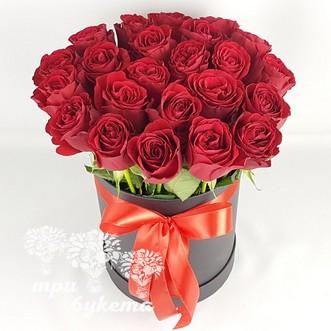 25 роз в черной коробке